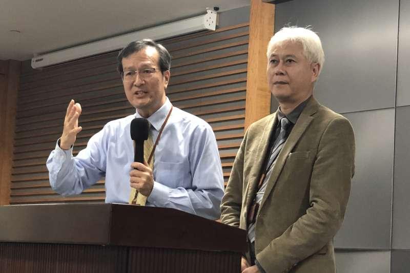 右為台灣中油探採事業部副執行長范振暉。(台灣中油提供)