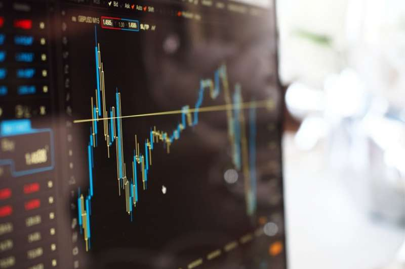 由於金融市場每天熱錢不斷,課程和師資的「百花齊放」,如今幾乎各式各樣的預測工具甚為流行。(圖/pexels)