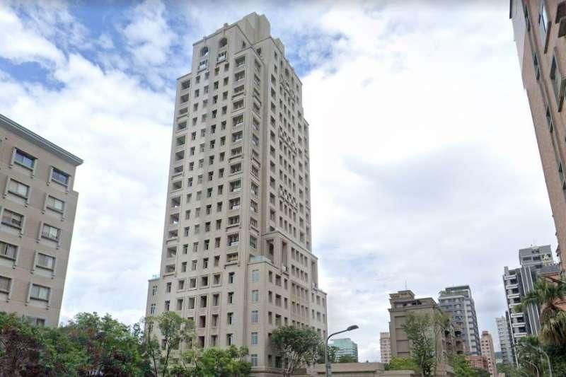 信義區豪宅文心信義15樓最新交易,277.72坪以5億2170萬元成交,單價為225萬元,不僅站穩200萬俱樂部,更刷新文心信義單價紀錄,也成為今年信義區最貴豪宅。(取自Google Map)