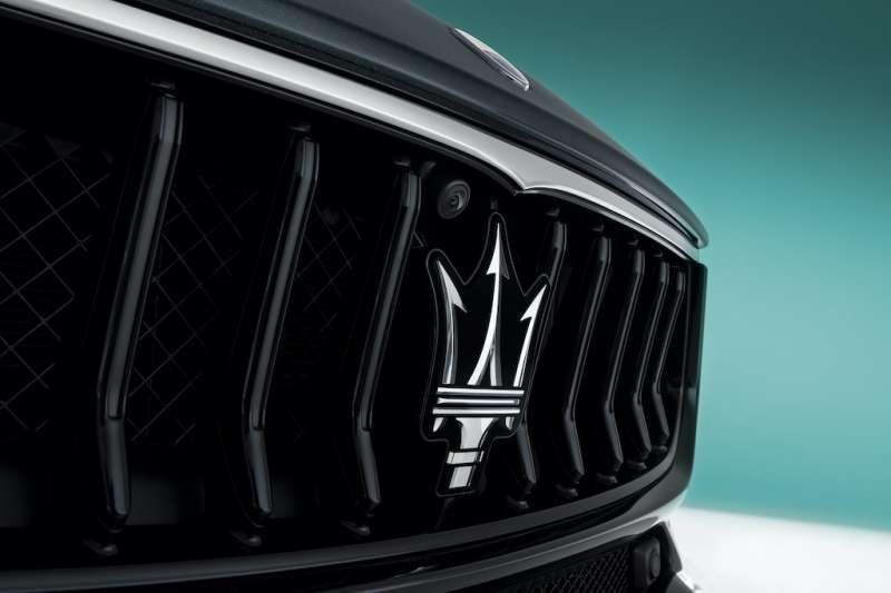 Maserati性能轎跑Ghibli、品牌旗艦Quattroporte 新年式全方位小改款 連袂抵台。(圖/業者提供)