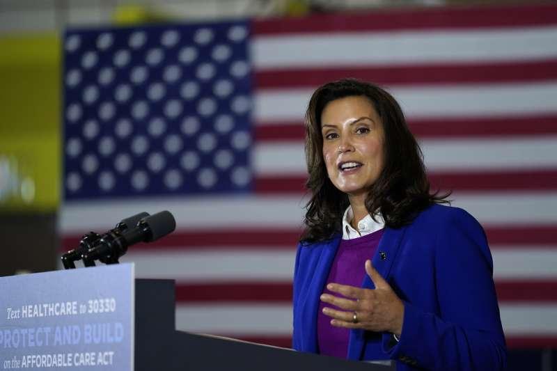 密西根州州長惠特莫(Gretchen Whitmer)是美國民主黨明日之星(AP)
