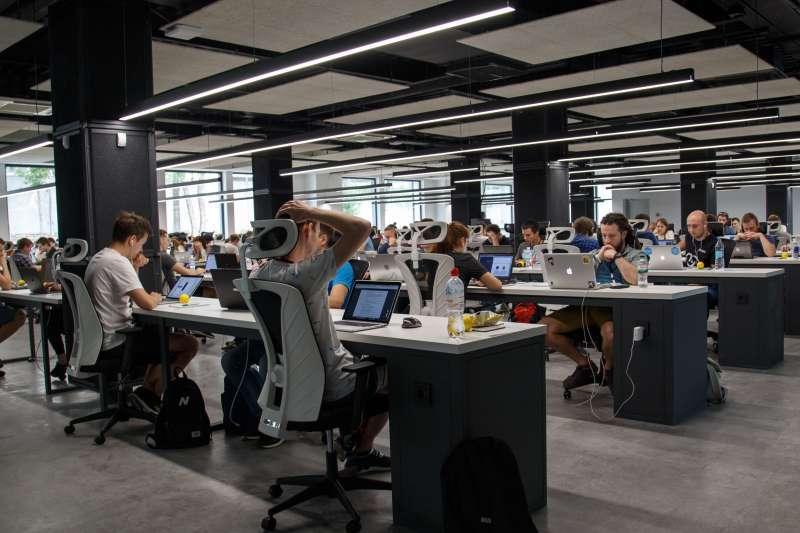 德國和台灣的職場文化大不同。(示意圖/Unsplash)