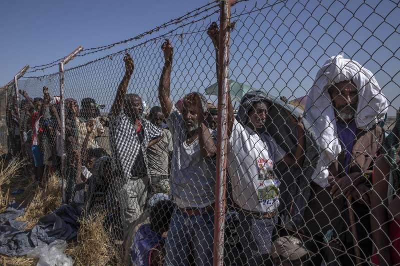 衣索比亞瀕臨內戰:逃往蘇丹躲避戰火的提格雷人(AP)