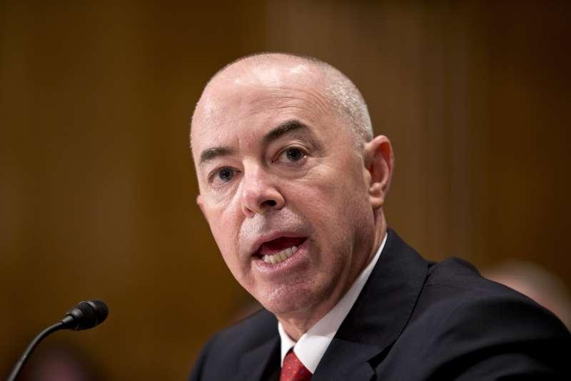 被美國總統當選人拜登提名出任國土安全部(DHS)部長的馬約卡斯(Alejandro Mayorkas)(AP)