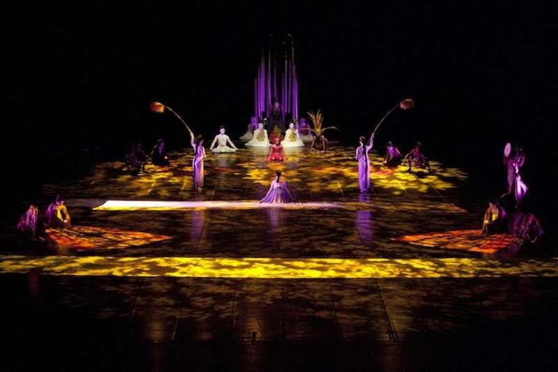 無垢舞蹈劇場-《花神祭》舞碼-序。圖/台中國家歌劇院提供;攝影/金成財)