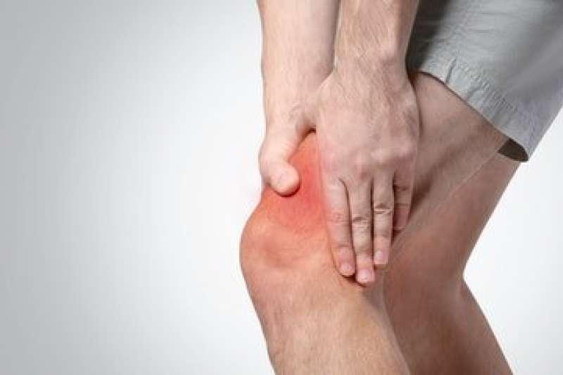 初期的膝蓋痛可以靠伸展髖關節治癒。(圖/Pixabay)