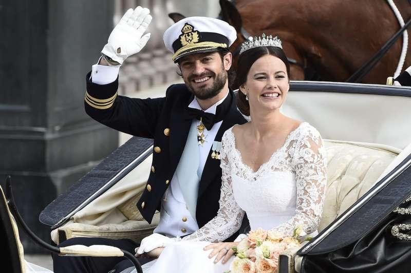 瑞典王室卡爾菲力普王子和妻子蘇菲亞王妃確診(AP)