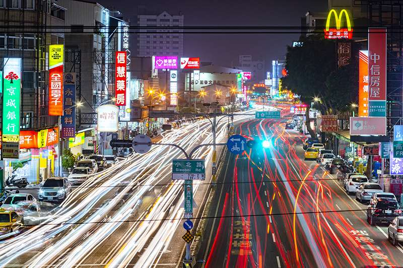 台南市每年約有2千萬觀光人次,看好高鐵台南站每年約800萬人次旅客,2022年三井OUTLET進駐台南高鐵特區。(圖/富比士地產王提供)
