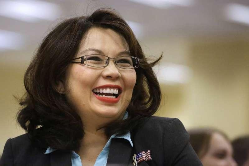 拜登內閣:美國國防部長人選之一的泰裔聯邦參議員達克沃斯(Tammy Duckworth)(資料照,AP)