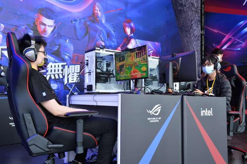 第二屆《QAB琉熱國際電競大賽》28日於新北歡樂耶誕城熱鬧登場。(圖/新北市觀旅局提供)