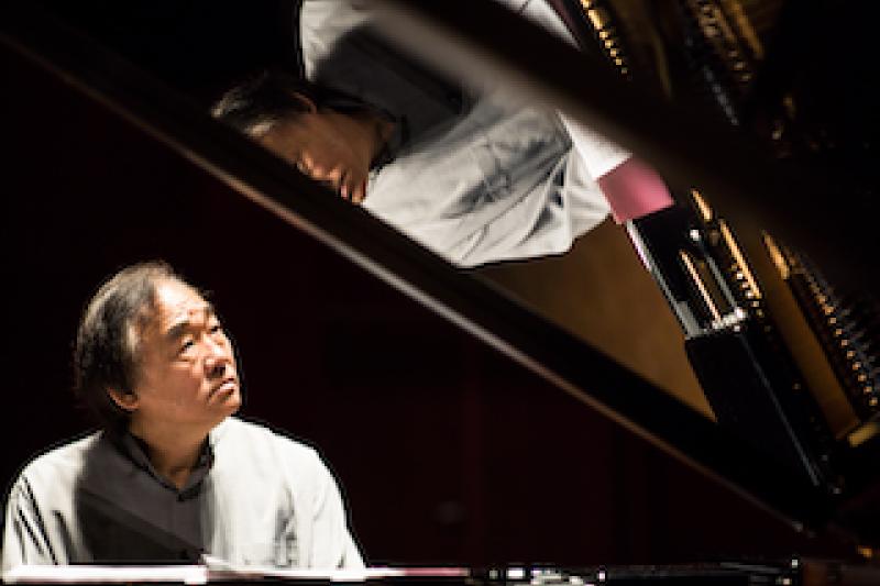 起伏不斷的2020年,歌劇院邀請國內各地樂迷相約歌劇院觀賞國際級巨獻白建宇8場《貝多芬32首鋼琴奏鳴曲》,共度平安歲末佳期。(圖/臺中國家歌劇院提供)