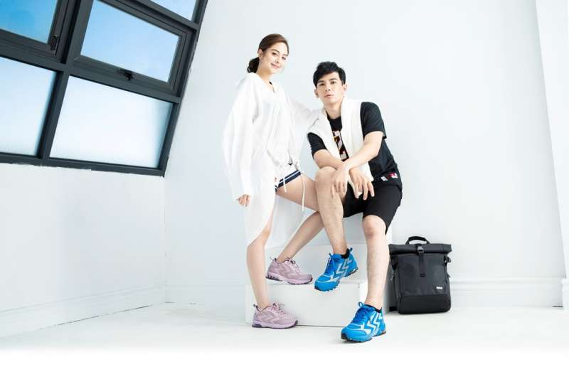 阿瘦訴求健康機能又舒適的運動休閒鞋款是很多人心目中的的神鞋。(圖/阿瘦皮鞋提供)