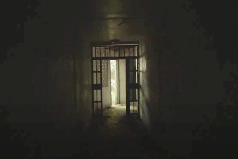 20201204-安康接待室。(翻攝自《行過黑暗之路》短片)