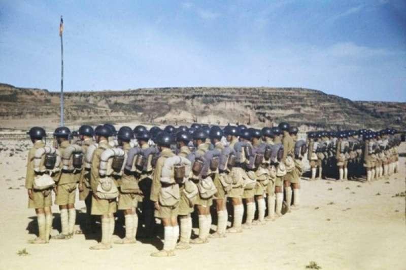 陸軍官校第7分校,由胡宗南將軍擔任教育長,專門培訓抗日反共的青年軍官。(照片:時代/生活雜誌)