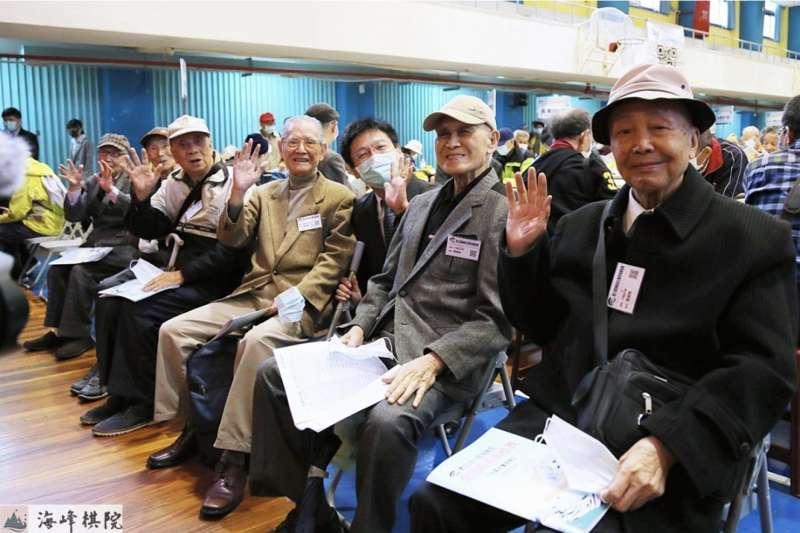 棋心不老--六名年逾90的參賽者。(海峰棋院)
