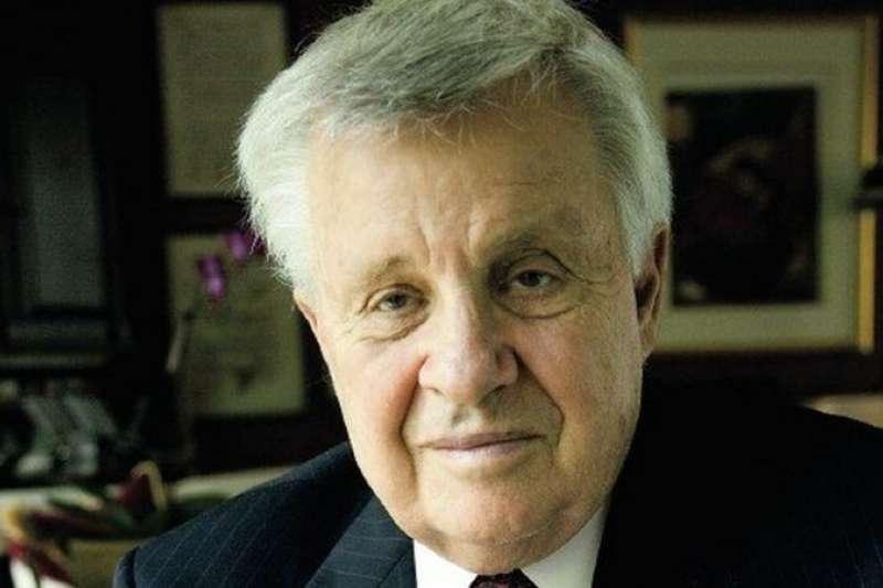 傑羅德·珀斯特(Jerrold Post)博士生前是美國中央情報局(CIA)的心理分析師,2020年11月因新冠病毒感染引起併發症去世,享年86歲(BBC中文網)