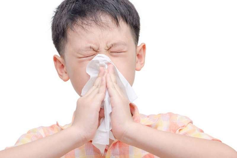 鼻子過敏困擾許多人,症狀輕者僅需服藥控制,但成效不彰,現在也可考慮手術從根本治療。(圖/NOW健康)