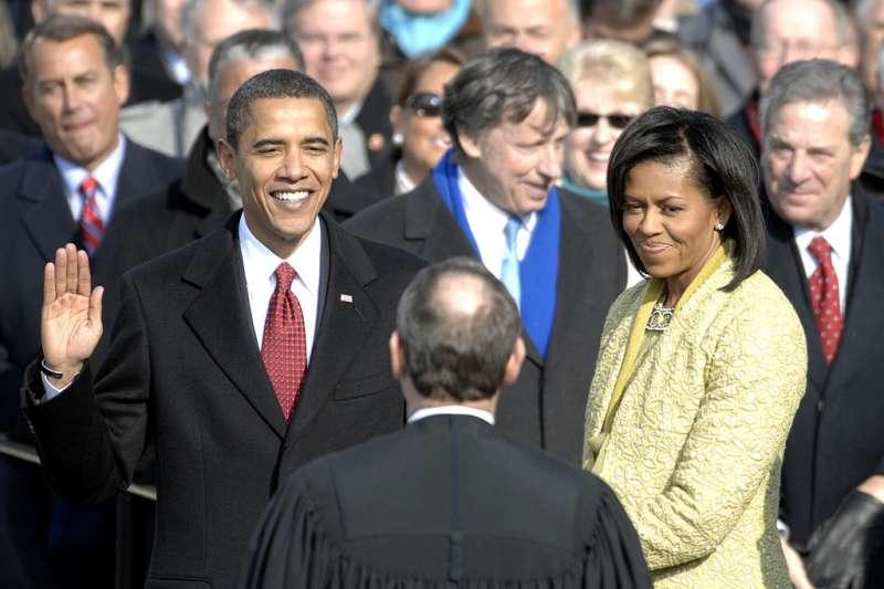 歐巴馬:「她很不一樣」,高中就叛逆的媽媽對兒子不一樣的教導與期望。(圖/維基百科)