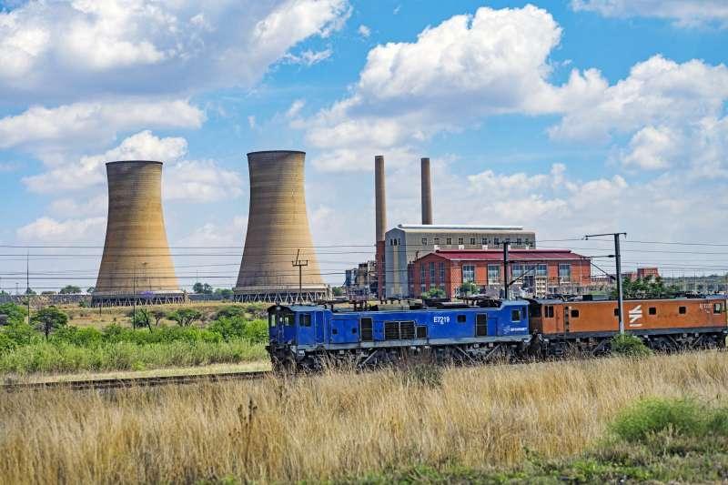 ˊ習近平標榜「綠色革命」,中國企業卻在非洲大舉投資燃煤發電。(jdnajem@flickr)