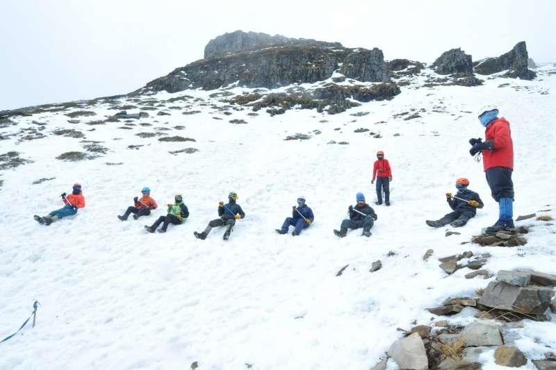 雪霸將於110年1月4日至3月31日起施行雪季服務期,我們將保持這幾年服務與開放的精神來取代管制,也希望山友能做好自我管理。(圖/雪霸國家公園遊憩課提供)