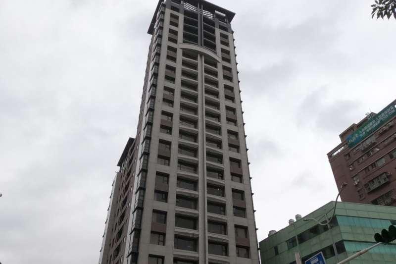 中正區豪宅「正隆天第」,以單價100.8萬元、溢價3%成為本次標售溢價率之冠。(台灣房屋提供)