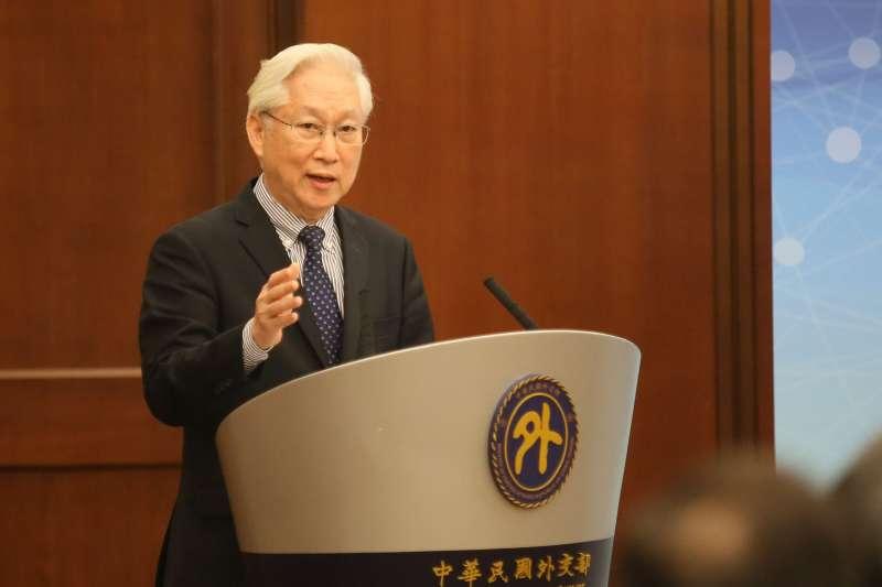 20201218-外交部18日舉行「台美科學及技術合作協定」宣布記者會,科技部長吳政忠出席致詞。(柯承惠攝)