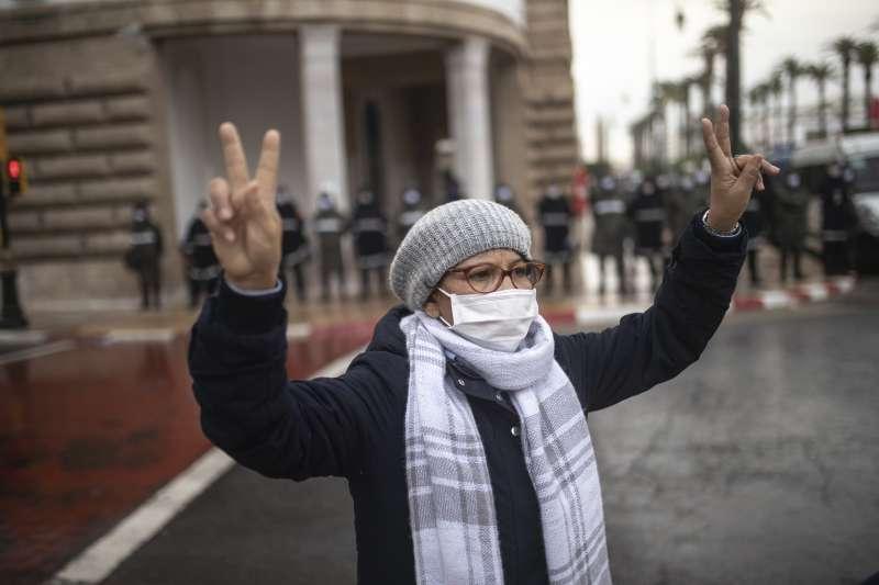 2020年12月,北非阿拉伯國家摩洛哥宣布與以色列建交,引發民眾示威抗議(AP)