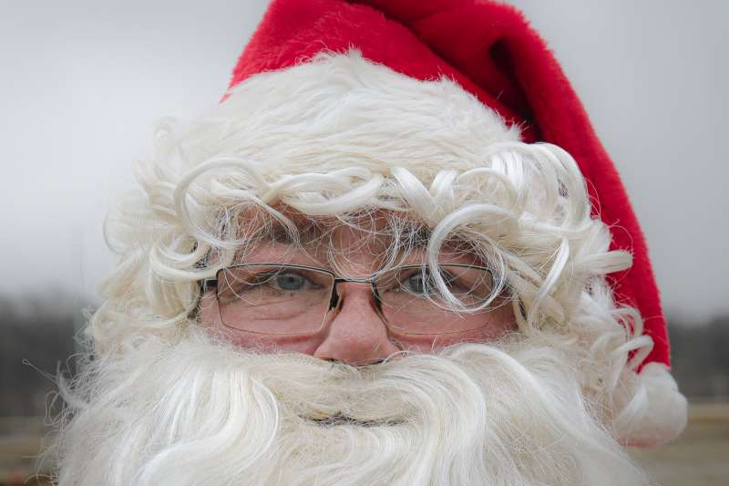 2020年12月,新冠肺炎疫情中的耶誕節與耶誕老人(AP)