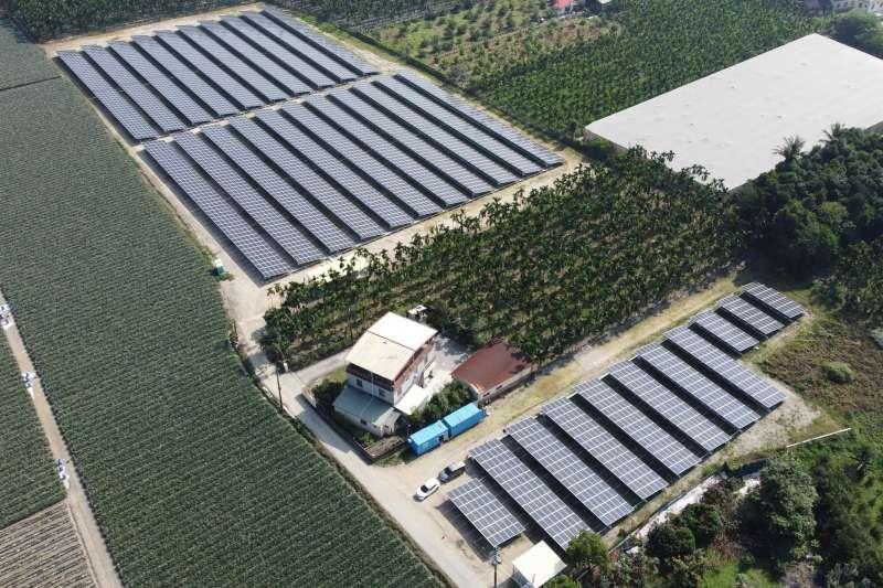 恆利綠能位於屏東縣內埔鄉的太陽能電廠已經完成併網。(恆利能源提供)