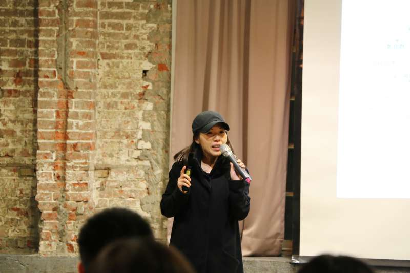 台灣文化政策研究學會21日晚間舉辦論壇,嘉義文創園區執行長孫育晴。(台灣文化政策學會提供)
