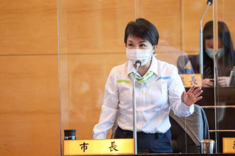 台中市長盧秀燕在議會臨時會中,再度宣示反萊豬立場,強調自己時任立委就主張公投。(圖/臺中市政府)