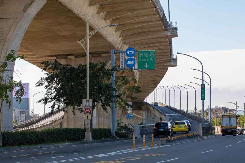 74號快速道路通車後,太平與各區之間交通時間大幅縮短,帶動沿線區域房價。(圖/富比士地產王提供)