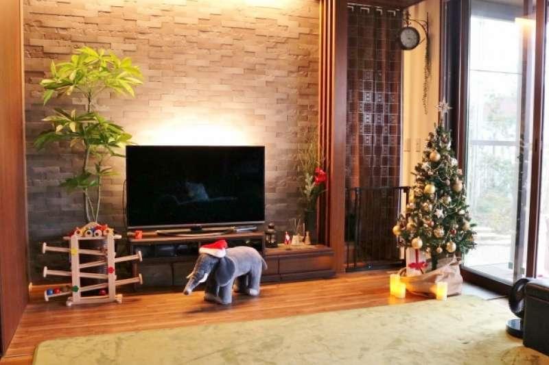 聖誕節即將來臨,你已經佈置好了嗎?小心這些聖誕裝飾的擺放也有風水學問喔!(圖/photoAC)