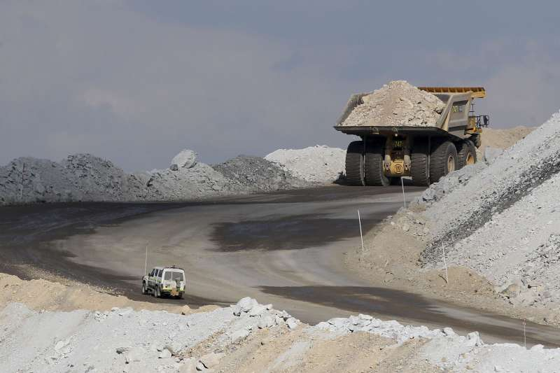 2019年澳洲燃煤佔中國火力發電廠進口量的57%,禁止澳洲燃煤進口將影響中國的供電狀況。(美聯社)