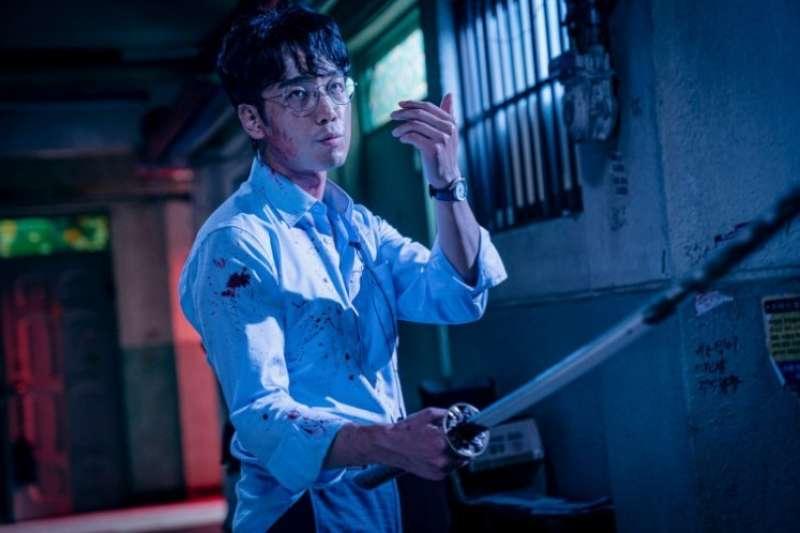 Netflix韓劇《Sweet Home》改編自韓國驚悚漫畫,精采劇情近日受到大眾歡迎。(圖/少女心文室)