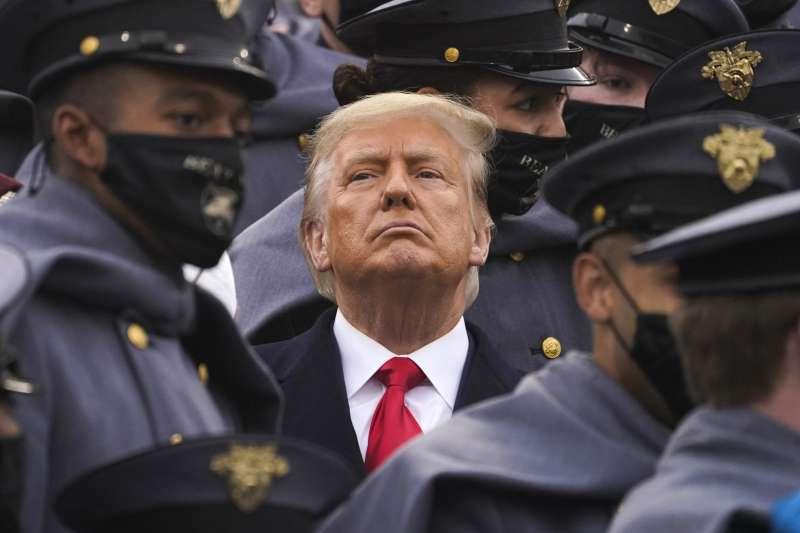 美國總統川普在卸任前宣布特赦名單。(AP)