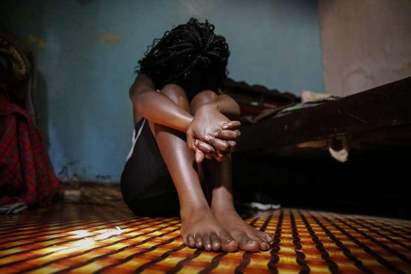 新冠疫情肆虐肯亞,青少女懷孕成為小媽媽的狀況在學校停課後激增。(AP)女孩、未成年性行為