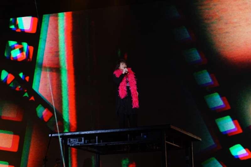 台北市2021跨年晚會拿下平均收視率冠軍,藝人表演的收視最高點則是落在伍佰的演出。(資料照,台北市政府提供)