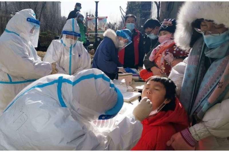 從周三開始,石家莊開始進行全市核酸檢測。(中新社)