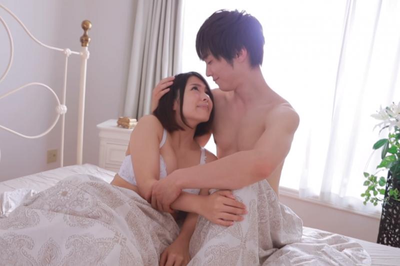 做愛除了能滿足對性的慾望,也有助於陰道的清潔。(示意圖非本人/翻攝自youtube)