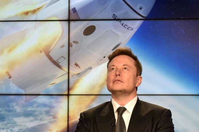 馬斯克2002年創辦SpaceX公司,研發人類太空旅行工具。(圖/BBC提供)