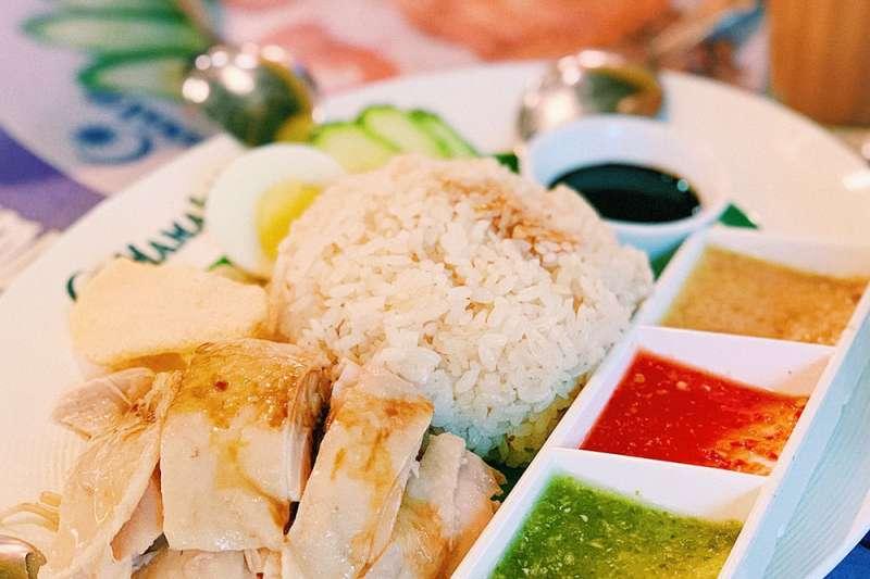 台北海南雞飯推薦!每一口都是滿滿的雞肉香。(圖/MENU美食誌)