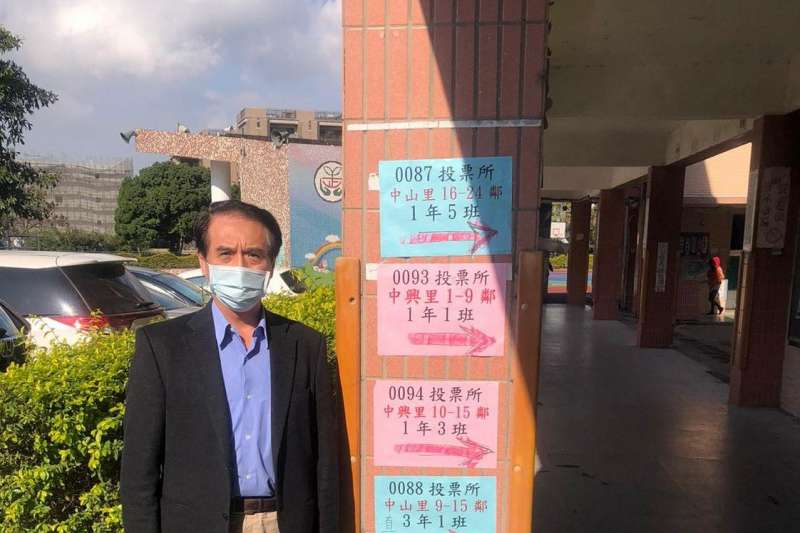 議員王浩宇罷免案16日舉行投票,前立委陳學聖(見圖)投票後於臉書發文,遭指有違反《選罷法》之嫌。(取自陳學聖臉書)