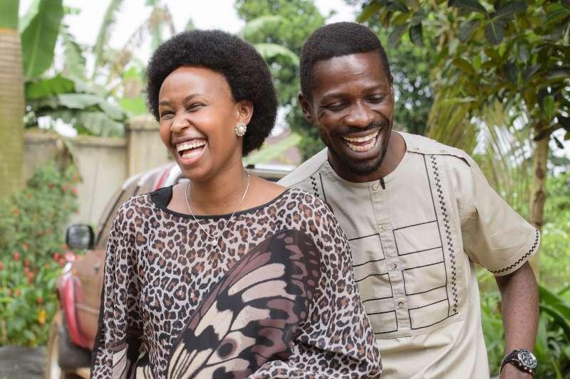 烏干達反對派領導人鮑比韋恩(Bobi Wine)與妻子芭比(Barbie)(AP)