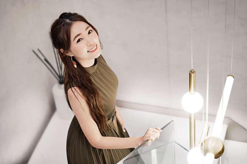 詹子晴擁有7個事業體,堪稱演藝圈的「副業女王」。(圖/Money錢)