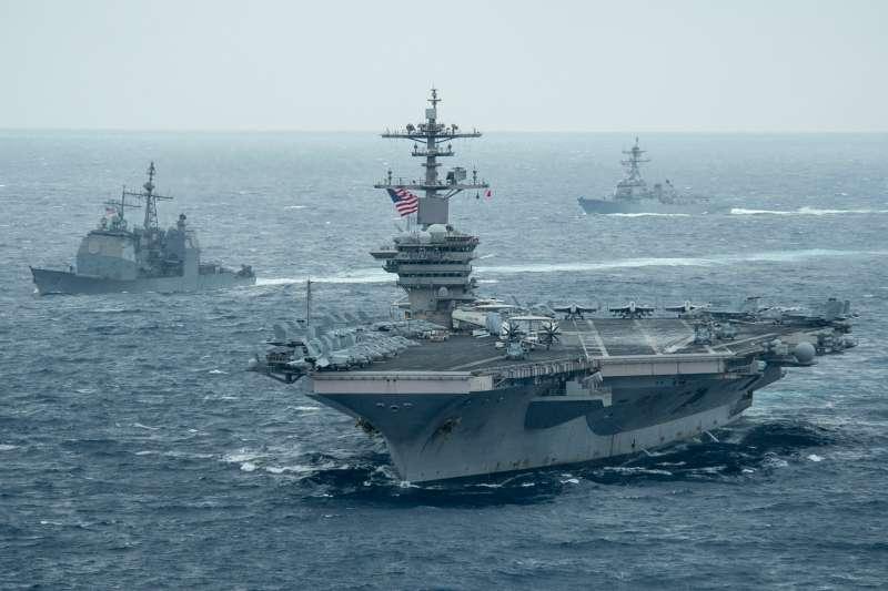 美國軍艦多次在南海爭議海域執行「自由航行」任務,挑戰中共的領海主張。(翻攝自U.S. Pacific Fleet臉書)