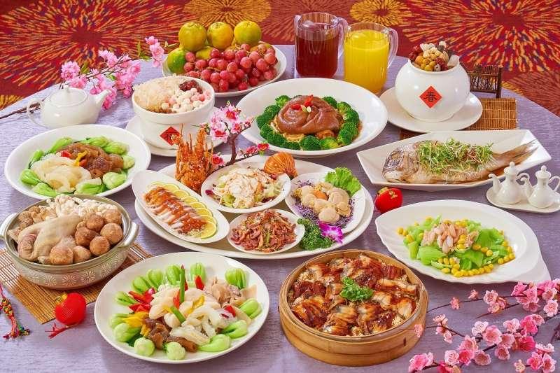 搶攻年菜圍爐商機,礁溪麒麟「禮軒廳」推出十人享用「團圓中式饗宴」年菜套組。(圖/潮旅Ciao提供)