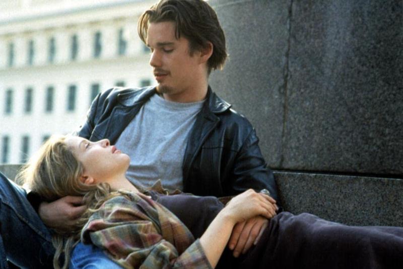 《愛在系列三部曲》講述一對陌生男女從相遇、相識到相愛的故事,整部電影幾乎都在兩個人的聊天過程中度過。(圖/imbd官網)