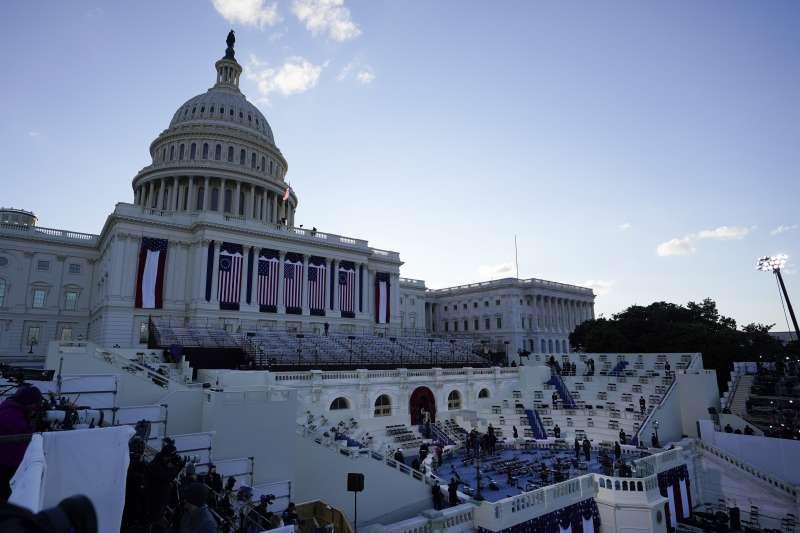 2021年1月20日,美國新任正副總統拜登與賀錦麗就職(AP)