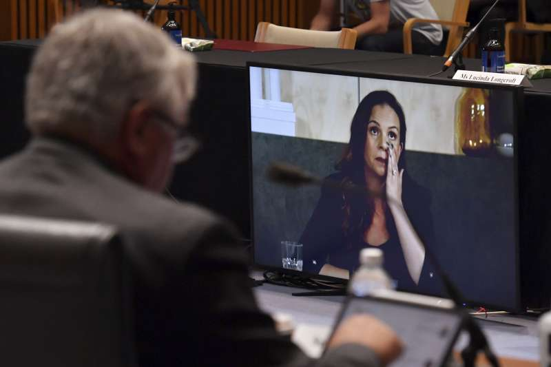 谷歌澳洲總裁席爾瓦(Mel Silva)22日在聯邦參議院一場聽證會上表示,一旦新法落實,該公司將中斷對澳洲的搜尋引擎服務。(AP)